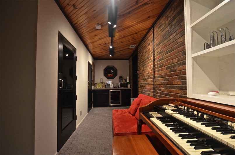 Custom designed studio fly by west ii for 6666 brookmont terrace nashville tn