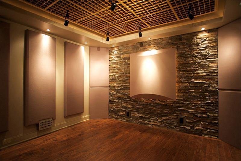 Attractive Studio Design: Red Decibel East Part 22